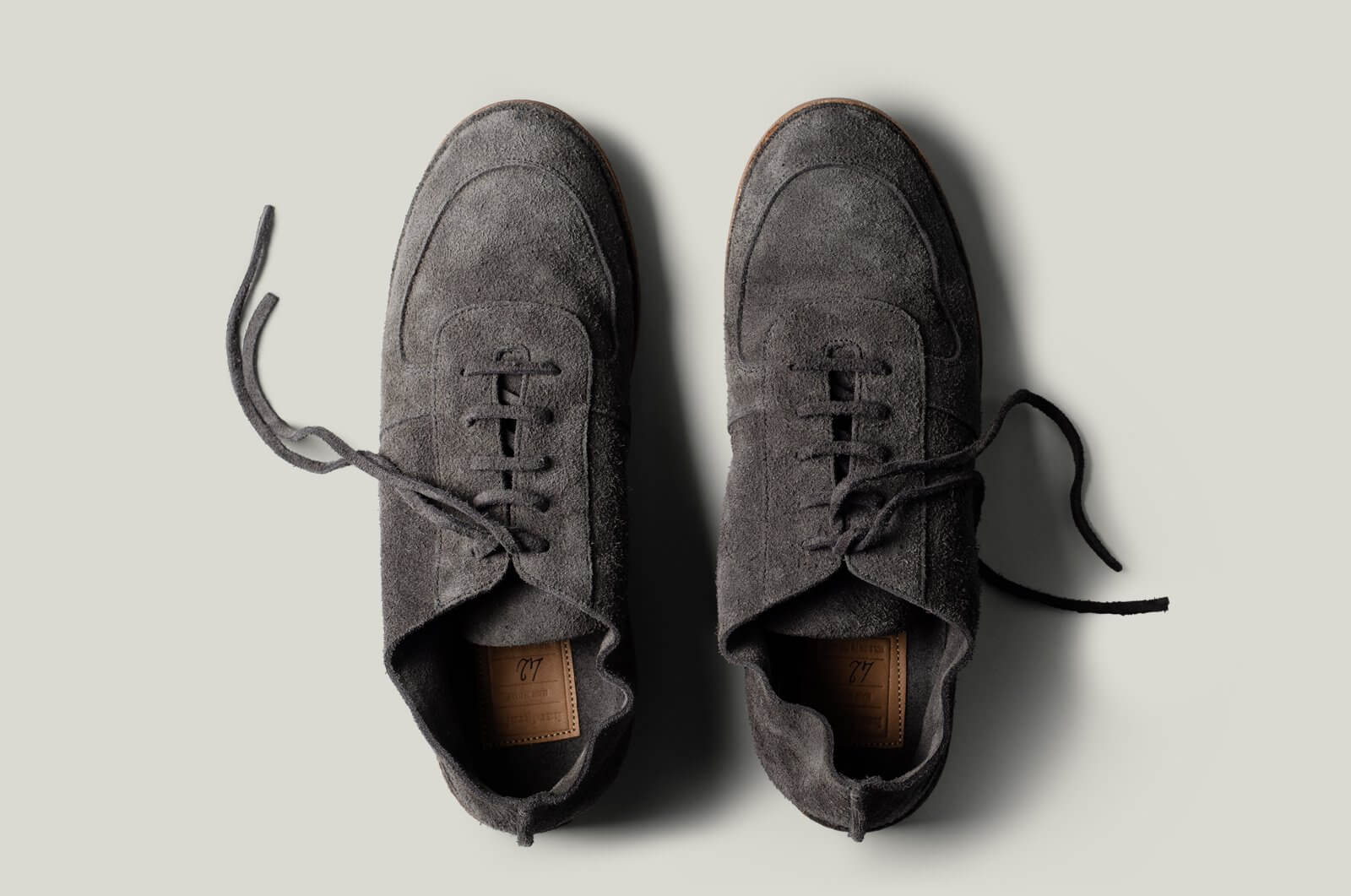 Pure Suede Shoes . Grey